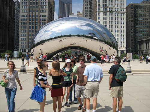 Anish Kapoor's Cloud Gate Sculpture in Millennium Park - Chicago, IL